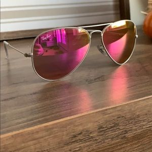 Pink mirrored ray ban aviators